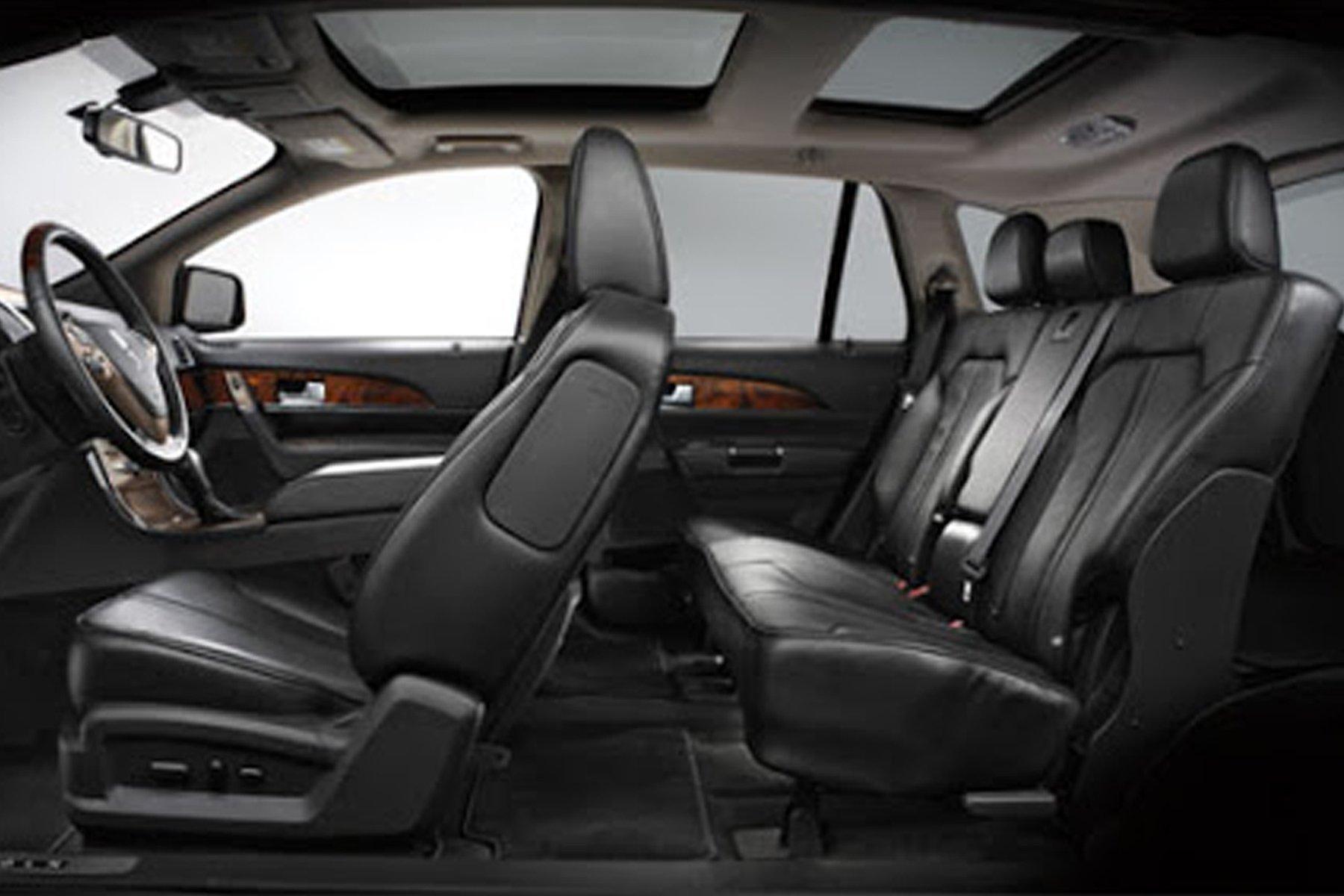 Skyline Chicago Limo Cars Luxury Fleet Black Lincoln MKT Interior October 2020