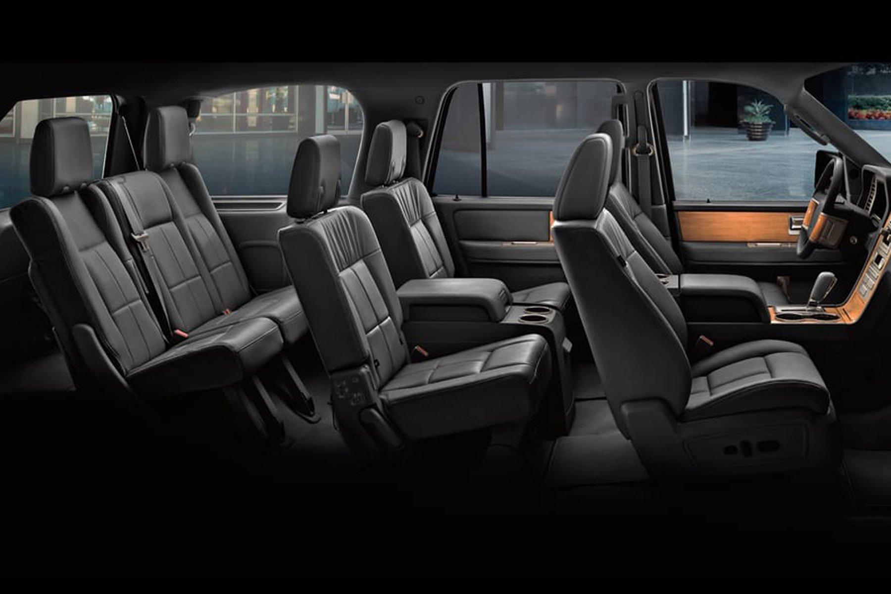 Skyline Chicago Limo Cars Luxury Fleet Black Lincoln Navigator Interior October 2020